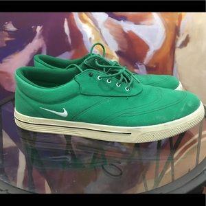 Used - Nike Lunarlon soft spike golf shoes size 14